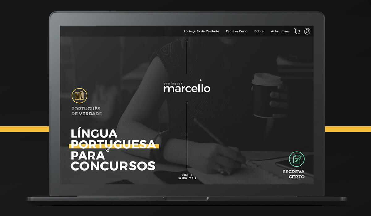 Notebook mostrando a homepage do site desenvolvido para o Professor Marcello