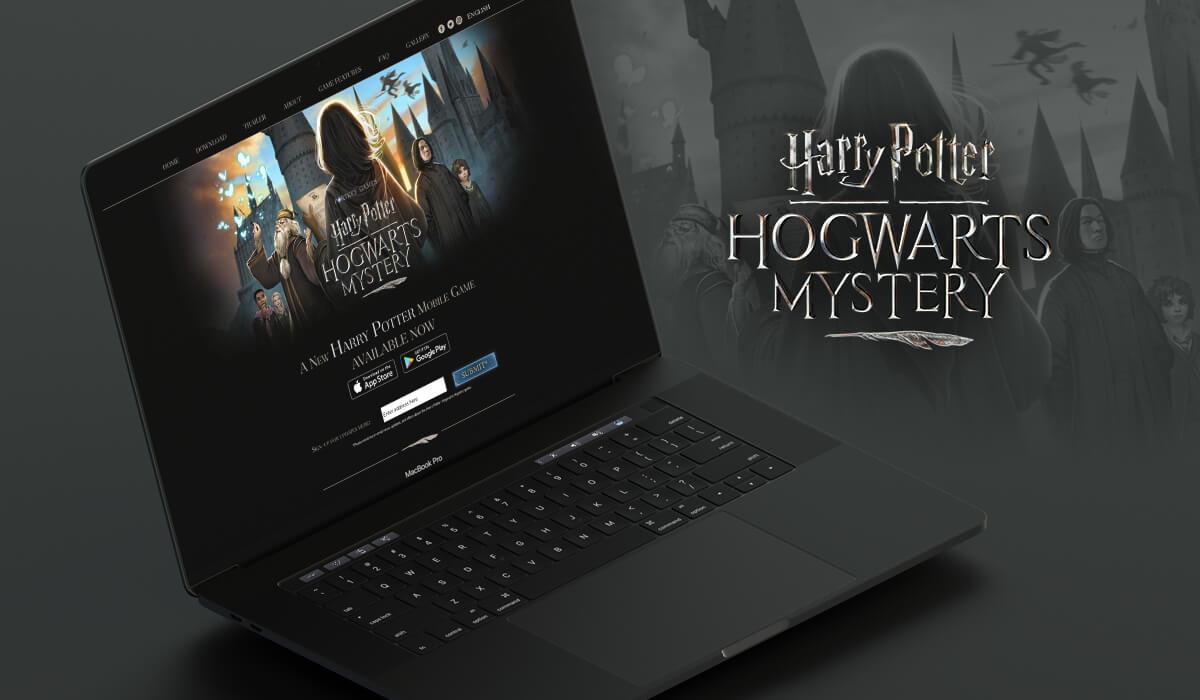 Notebook mostrando o site do jogo Harry Potter - Hogwarts Mystery